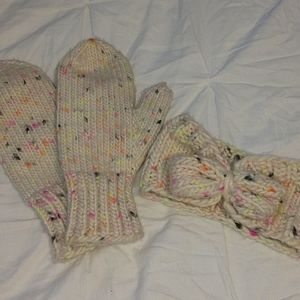 Winter Gloves and Headband Set